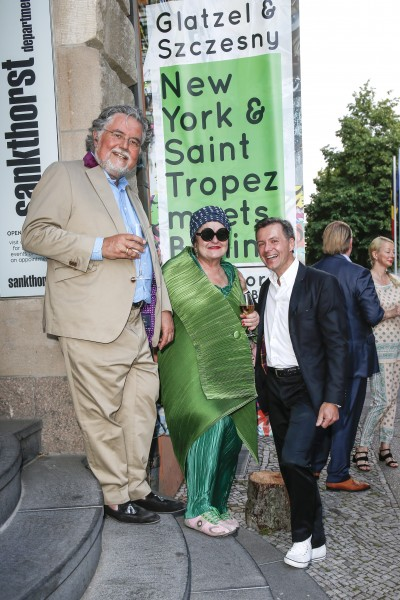 BERLIN, GERMANY - JUNE 22: Artist Stefan Szczesny, artist Elivira Bach and photographic artist Georg Glatzel attend the 'Glatzel & Szczesny - New York & Saint Tropez meets Berlin' Exhibition Preview at Sankthorst Department Art Gallery on June 22, 2016 in Berlin, Germany. (Photo by Isa Foltin/Getty Images for Ajoure)