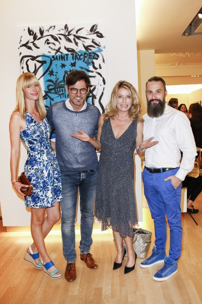 BERLIN, GERMANY - JUNE 22: Opera singer Tobey Wilson with his girlfriend Sabrina Gehrmann, german actor Cosima von Borsody and Tobias Bojko, CEO Ajoure magazine, attend the 'Glatzel & Szczesny - New York & Saint Tropez meets Berlin' Exhibition Preview at Sankthorst Department Art Gallery on June 22, 2016 in Berlin, Germany. (Photo by Isa Foltin/Getty Images for Ajoure)